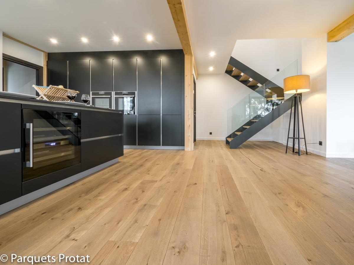 Atelier Auneau - Parquets Protat chêne 16x185 mm choix plancher fumé huilé naturel pose à l'anglaise